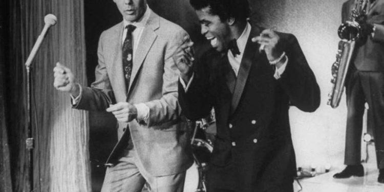 Džejms Braun i Džoni Karson, 1967.