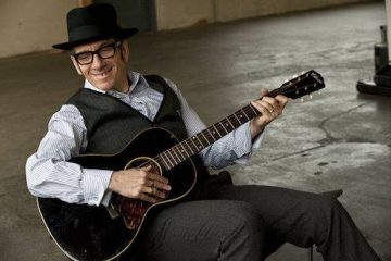 Elvis Kostelo/Photo: facebook@elviscostello