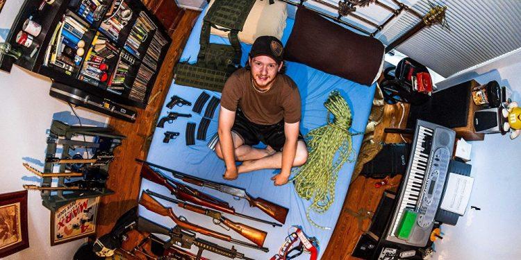 Ben, 22 godine, student filmskih umetnosti, Dalas (SAD) / Photo: John Thackwray