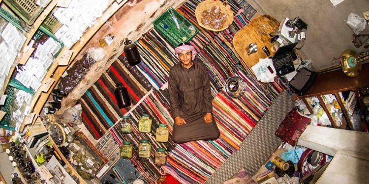 Muhamed, 18 godina, Sveta Katarina (Egipat) / Photo: John Thackwray