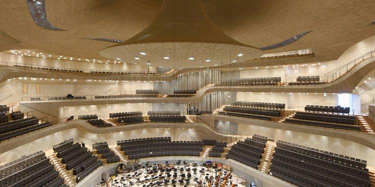 Hamburg : Baustelle Elbphilharmonie . Probe , Probenpremiere in Gro§en Saal , NDR Elbphilharmonie - Orcherster