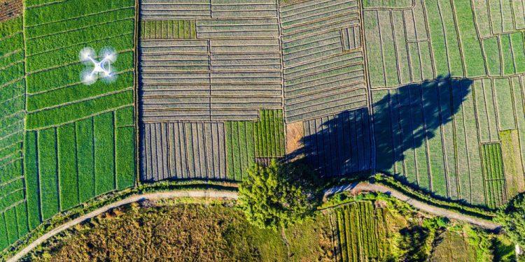 """© FOTO: 零 大魔王/ SKYPIXEL """"Fantom Zemlje"""" – treće mesto u kategoriji """"Entuzijaste – dronovi u akciji"""""""