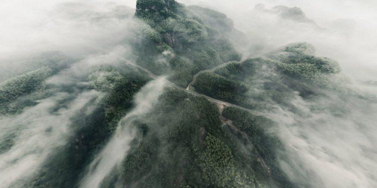"© FOTO: 李 文/SKYPIXEL ""Leteće mastilo planine Tjen Šan"" – prvo mesto u kategoriji ""Entuzijaste – fotografije od 360°"""