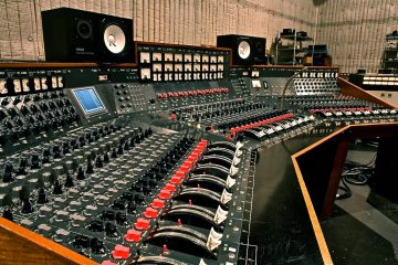 mikseta/Photo: facebook@vintagerecordingconsoles