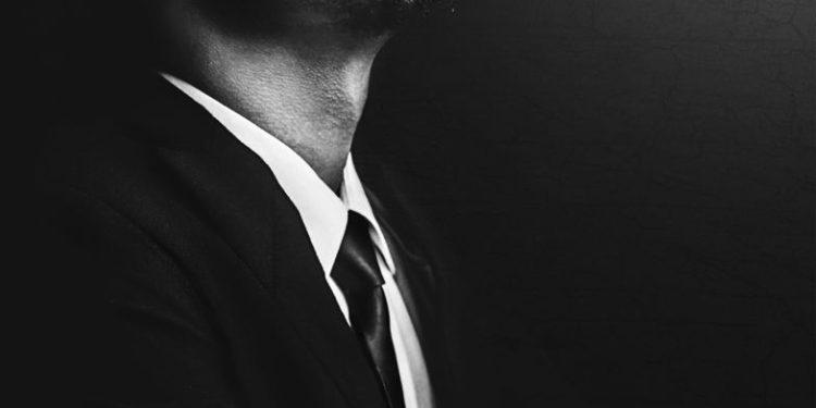 """Ostin Odunga (Kenija) – """"Odelo i kravata"""""""