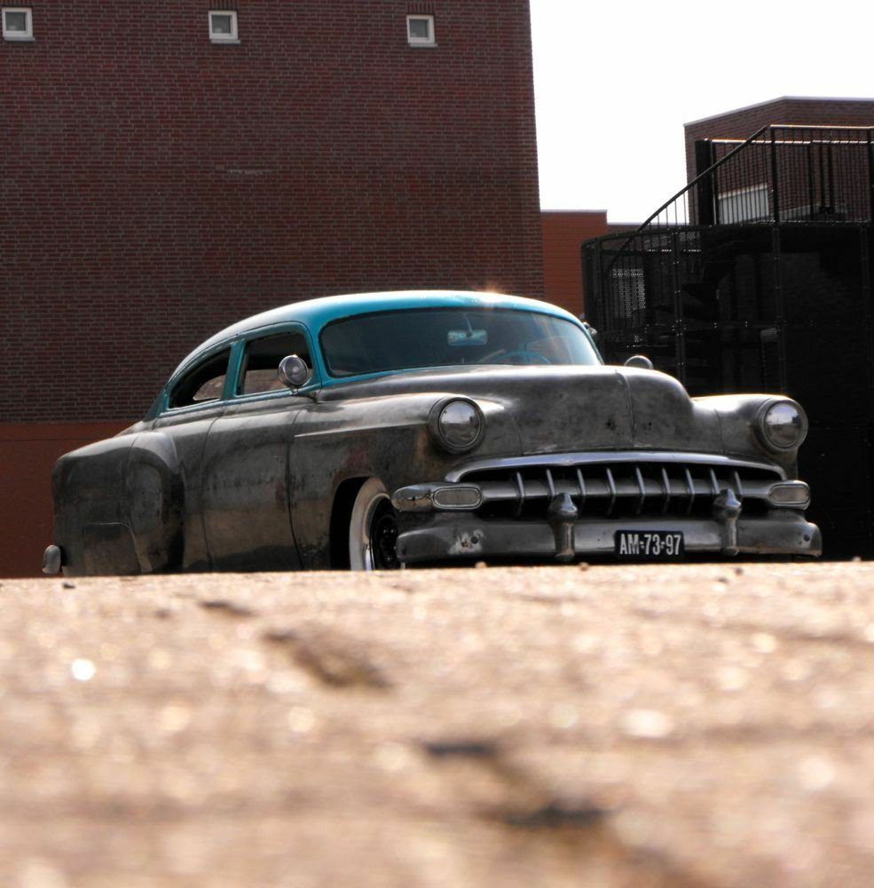 Retro cars/Photo: twitter@bieberiso74