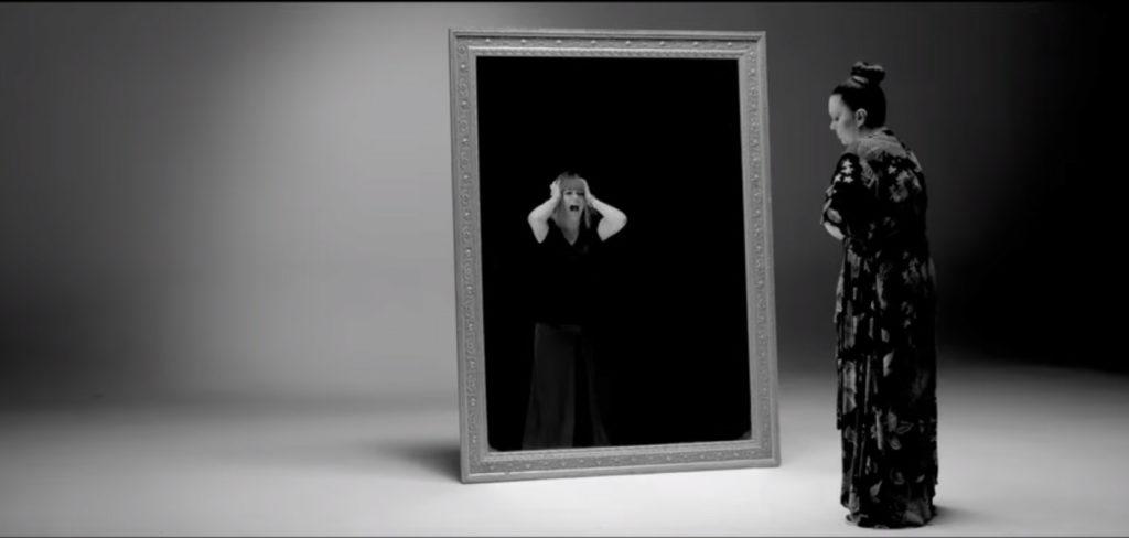 Ivana Peters/YouTube printscreen