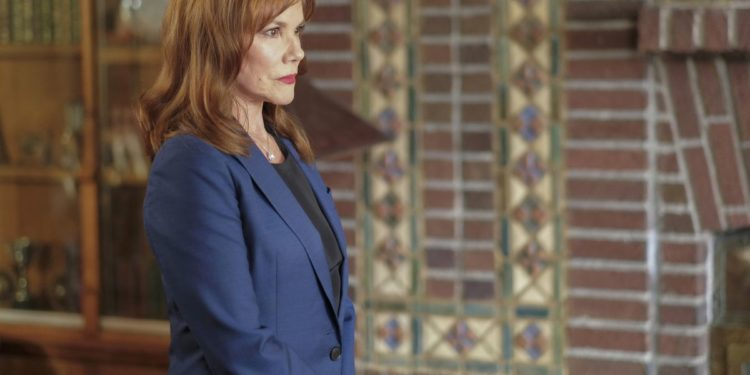"THE X-FILES:  Guest star Barbara Hershey in the ""My Struggle III"" season premiere episode of THE X-FILES airing Wednesday, Jan. 3 (8:00-9:00 PM ET/PT) on FOX. ©2017 Fox Broadcasting Co. Cr: Robert Falconer/FOX"