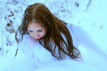 Devojka na snegu/Photo: Pixabay