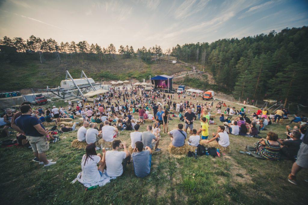 Photo: Facebook @mountainmusicfest