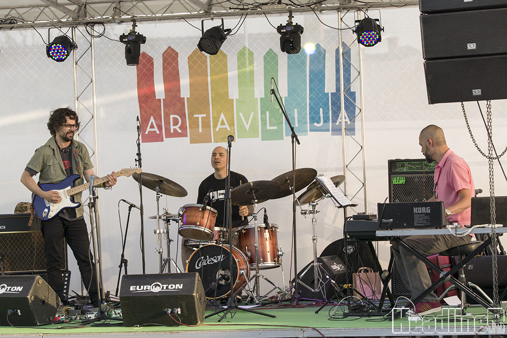 ArtAvlija, Dušan Jevtović Trio/Photo: AleX