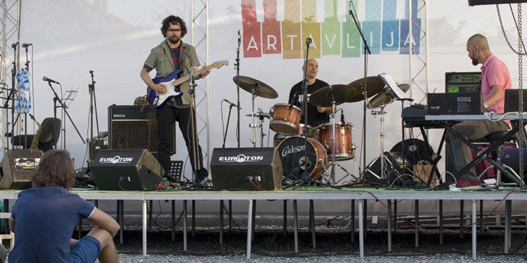 Dušan Jevtović Trio/ Photo: AleX