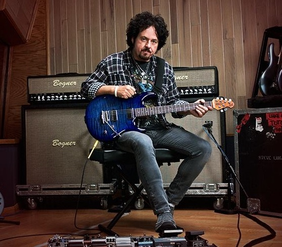 Stiv Lukater/Photo: facebook@SteveLukather