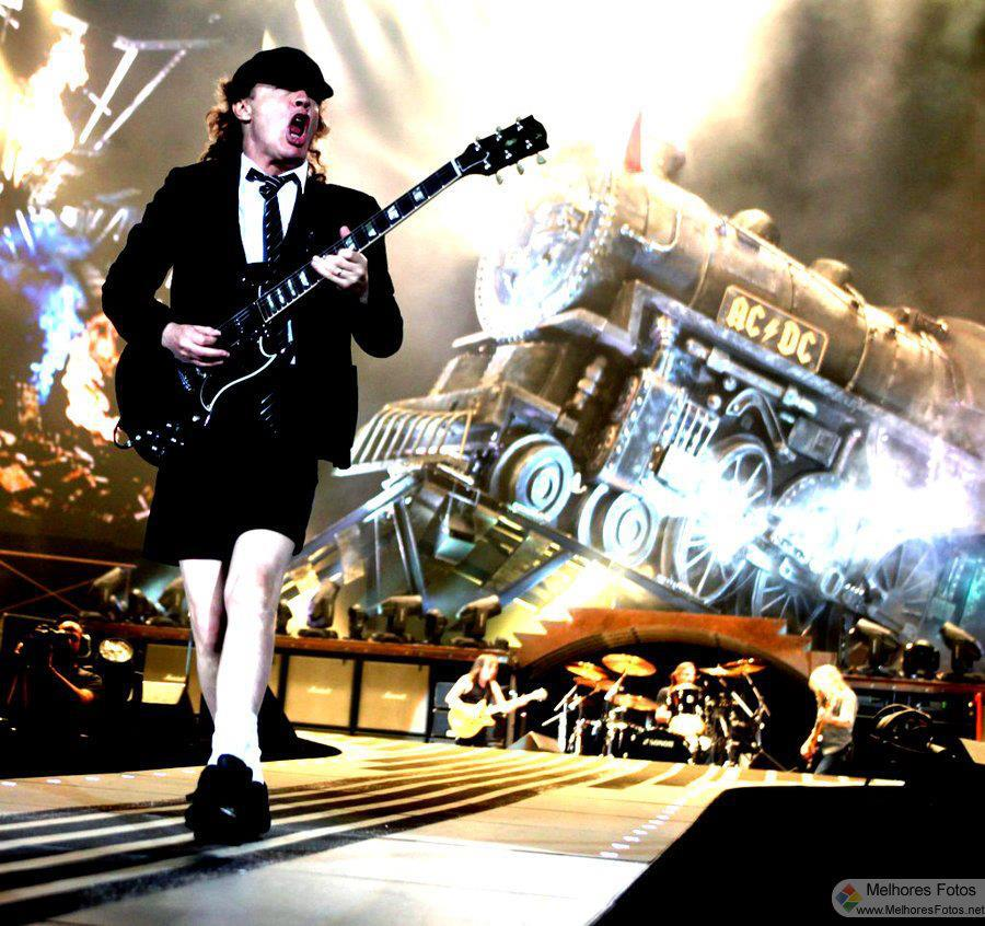 Angus Young/Photo: facebook@Angus Young