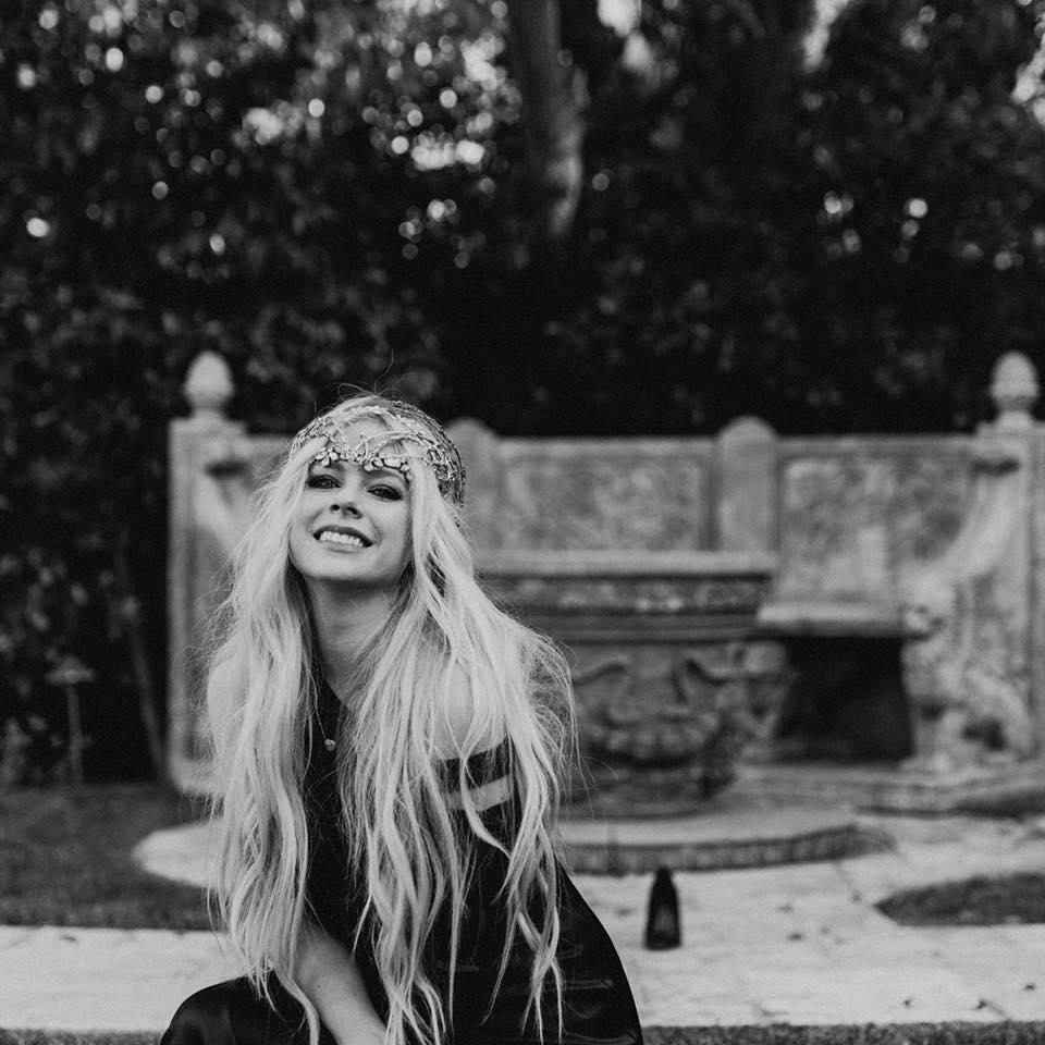 Avril Lavinj/Photo: facebook@avrillavigne