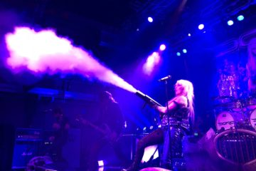 Doro/Photo; facebook@DoroPeschOfficial