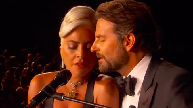 Lejdi Gaga i Bredli Kuper/Photo: YouTube printscreen