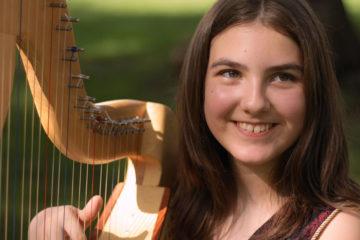 Harfa u parku/ Photo: Promo (Harpomania)
