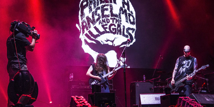 Phil Anselmo & The Illegals/ Photo: AleX