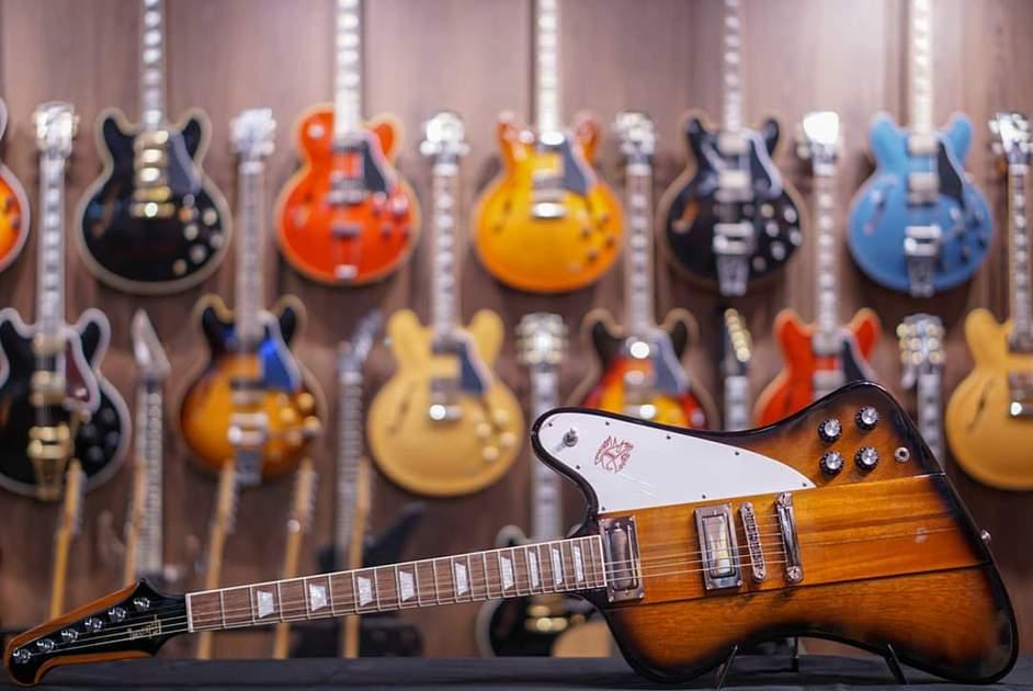 Gibson Firebird/Photo: hiendguitar.com