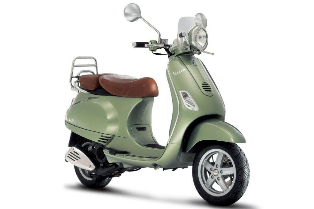 Vespa scooter/ptomo
