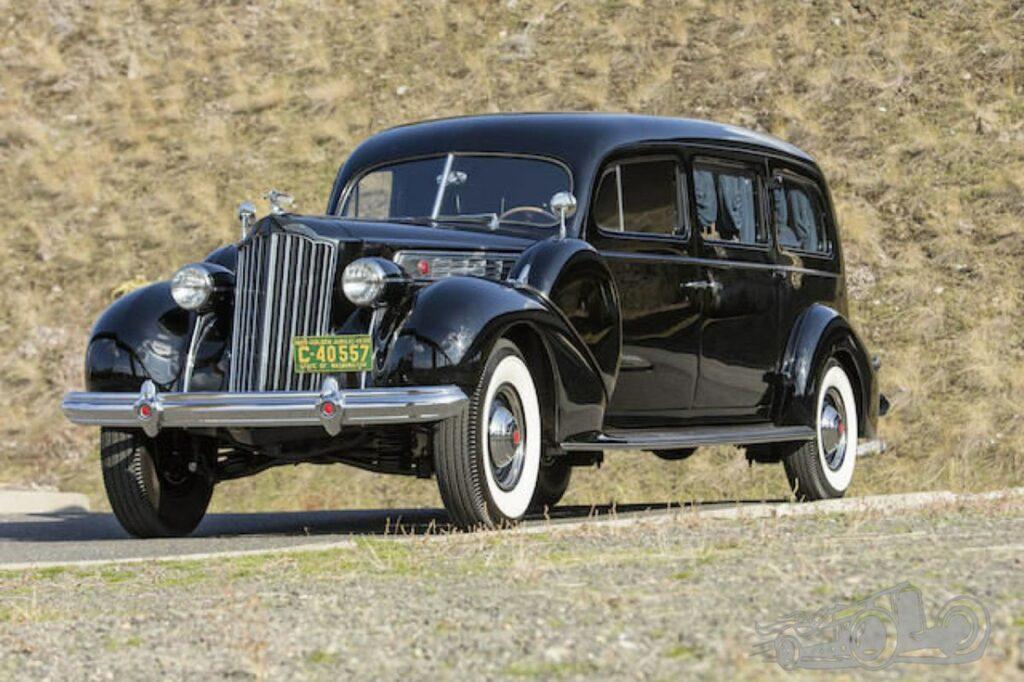 Packard hearse/Photo: Pixanay