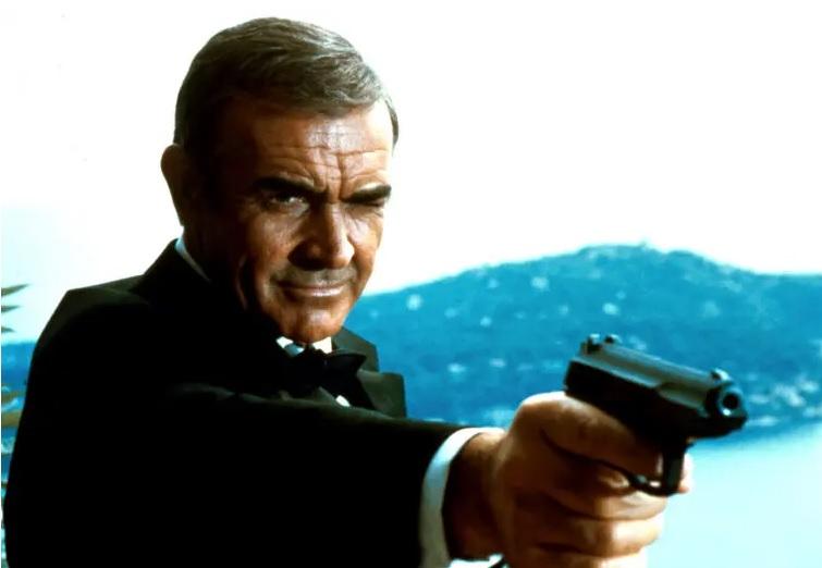 Šon Koneri kao Džejms Bond/Photo: promo
