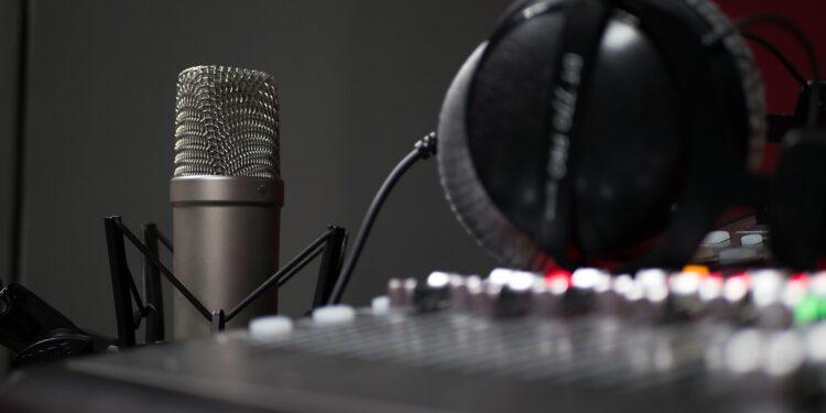Studio, mikrofon/Photo: Pixabay