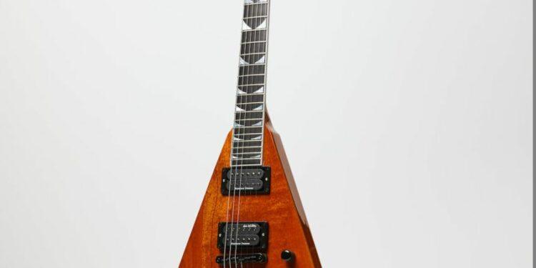 The Kramer Dave Mustaine Flying V Vanguard in Natural