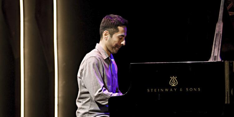 Elčin Širinov (Avišaj Koen Trio)/ Photo: AleX