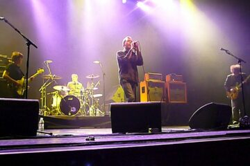 The Jesus and Mary Chain/By Liane Chan from Buena Park, United States -commons.wikimedia.org