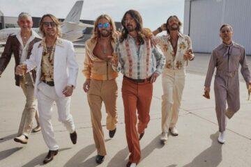 Foo Fighters kao The Dee Gees/Photo: Magdalena Wosinska promo