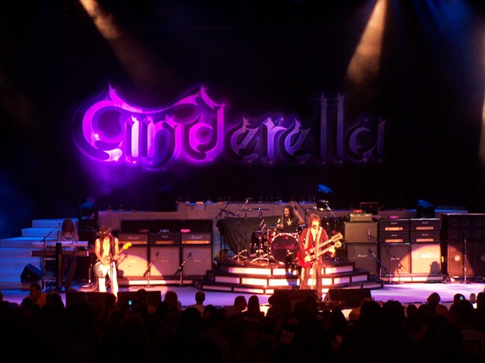 Cinderella/Photot: wikipedia.org - Osvaldo Loiacono - digital camera during the concert at PNC Bank Arts Center, Holmdel (NJ)