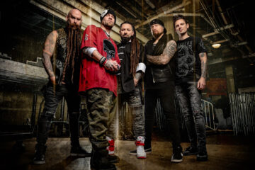Five Finger Death Punch/ Photo: Stephen Jensen (promo, Charm Music Serbia)